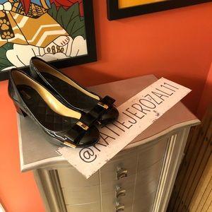 Michael kors size 9.5 shoes 🌹*